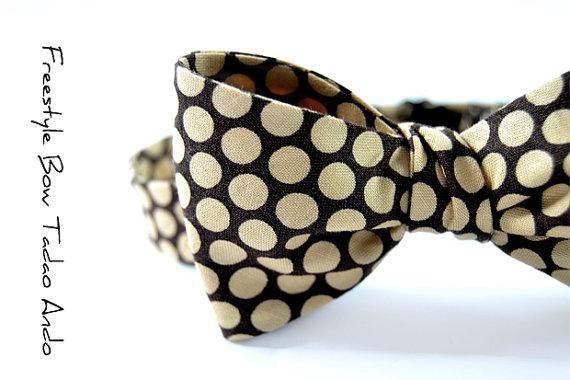 Bow tie by Tadoe Ando, £26,70 aprox.